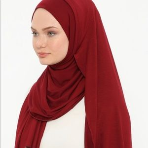 Accessories - Jersey hijab. Full length. Brand new